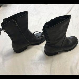Womens BORN Boots Black w/Zipper & Tie up Back